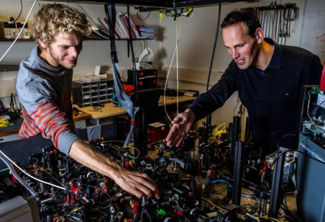 Bas Hensen, left, and Ronald Hanson helped show that objects apart can instantly affect each other. Credit Frank Auperle/Delft University of Technology